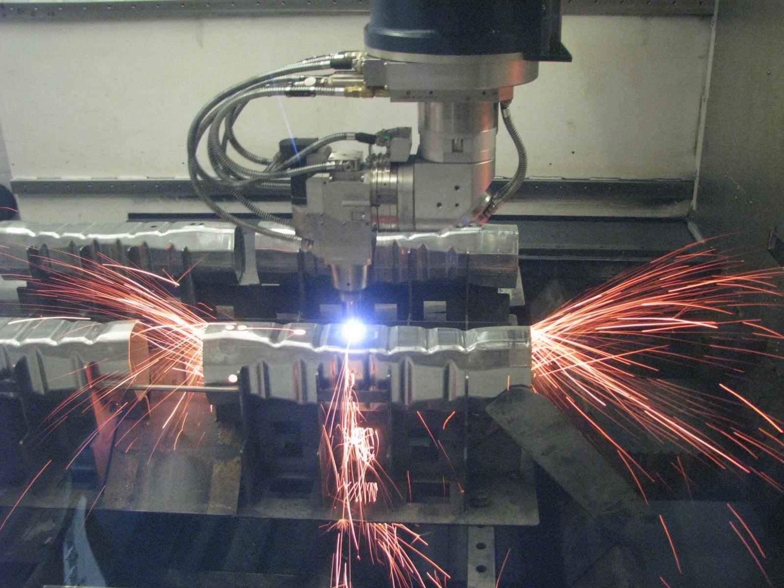 Řezání 3D laserem